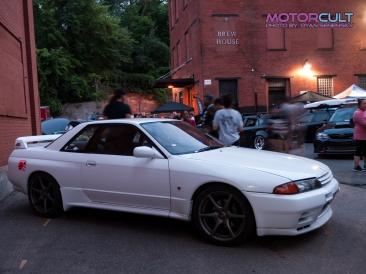 r32gtr white 1250