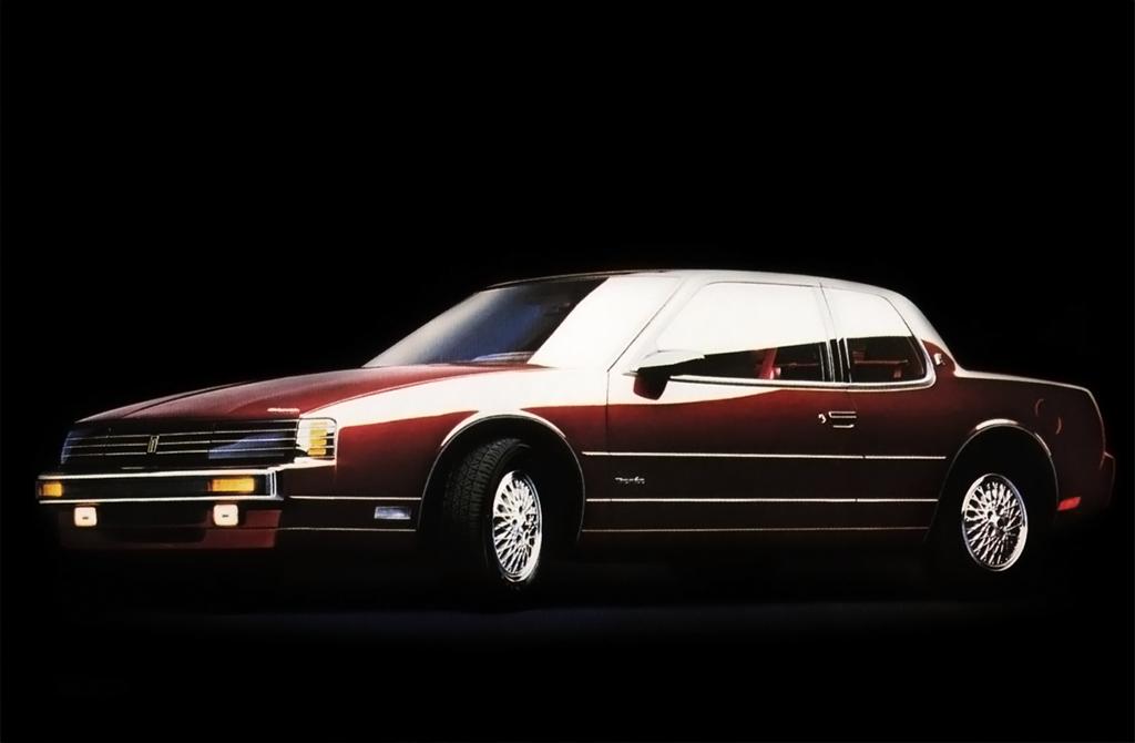 oldsmobile_toronado_trofeo_pkg..jpg