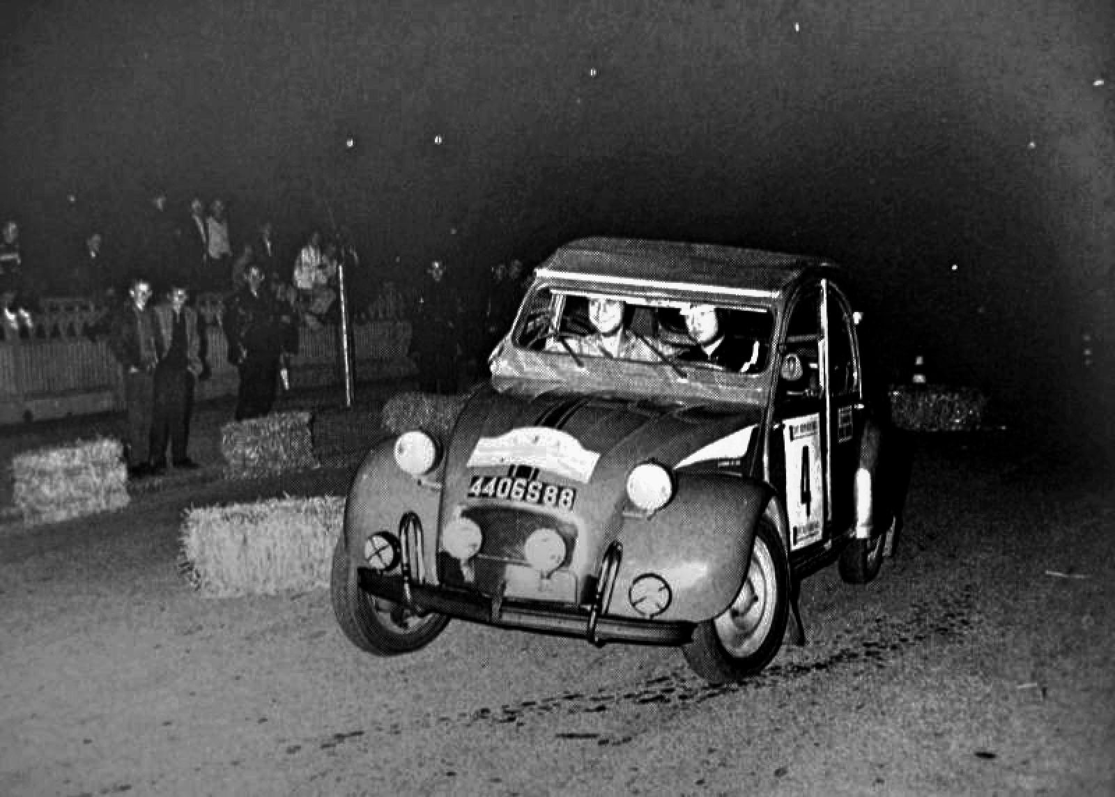 Citroen 2CV rally Car